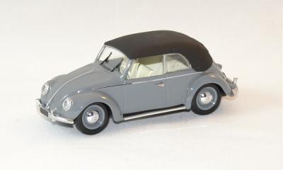 Volkswagen coccinelle 1949 avec capote grise