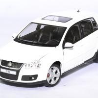 Volkswagen golf 5 gti 1 24 cararama autominiature01 1