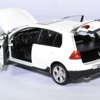 Volkswagen golf 5 gti 1 24 cararama autominiature01 4
