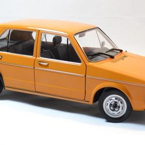 Volkswagen solido golf 1 1 18 autominiature01 5