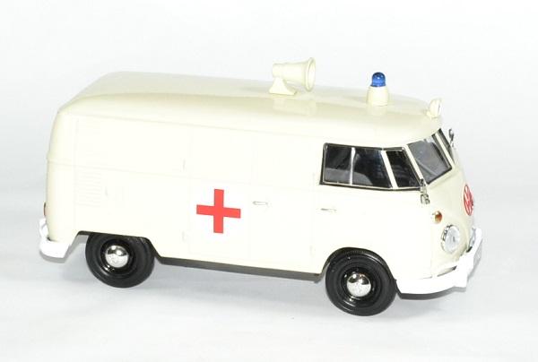 Volkswagen t1 ambulance 1 24 motormax autominiature01 3
