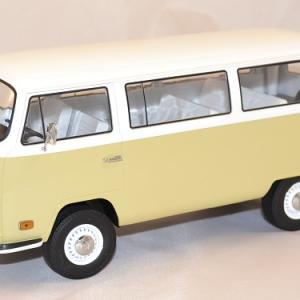 Volkswagen t2b bus 1971 1 18 greenlight autominiature01 com 1
