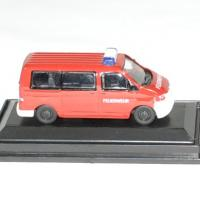 Volkswagen t5 pompier 1 87 schuco autominiature01 1