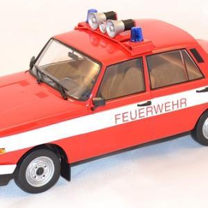Wartburg 353 w pompiers 1 18 ixo ist autominiature01 com 1