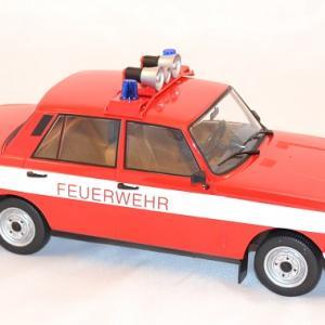 Wartburg 353 w pompiers 1 18 ixo ist autominiature01 com 3