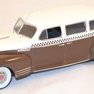 Zis 110 de 1948 taxi russe ixo ist 093 miniature auto autominiature01 com 1